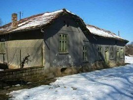 Property in bulgaria, House in Bulgaria, Bulgarian property, Bulgarian house, buy house in Bulgaria, Bulgarian house for sale, brick house, brick property, house for sale in Rousse, Bulgarian estate, Bulgaran brick house