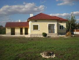 haouse, real estate, property, buy, invest, bulgaria, bulgarian house, house in bulgaria, bulgarian real estate, buy bulgarian property, buy property near dobrich
