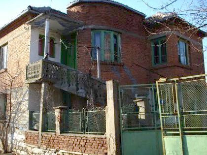 Brick built house for sale in Elhovo region