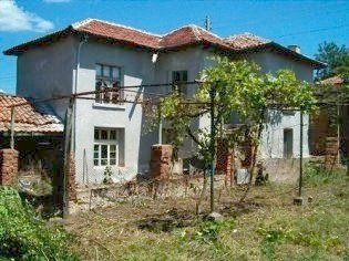 Nice two storey house in the vicinity of a famous balneological center Hisar