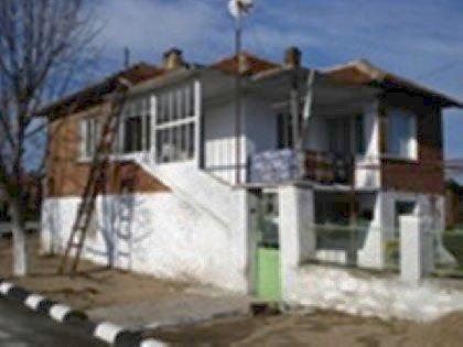 Lovely brick house in Ymbol region