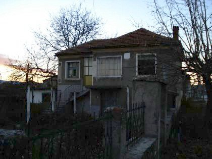 Solid built house near Yambol