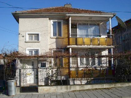 Two storey house with marvellous view