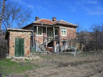 Two storey house for sale in Yambol region