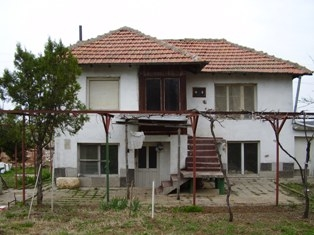 Property in Bulgaria, Bulgarian property, Bulgarian properties, properties for sale, Bulgaria Real estate, Buying property in Bulgaria, buy properties in Bulgaria, Cheap house for sale near Pleven, Property in Pleven