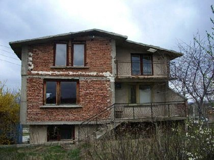 We recommend purchasing in this house. It is good offer!!!