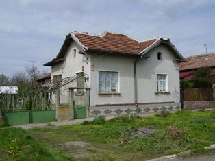 Bulgarian rural house located in region suitable for hunting and fishing and near to river of Danube,property in Bulgaria, property, Bulgaria, properties, bulgarian properties, Bulgarian, bulgarian property, property Bulgaria, bulgarian properties for sale, buy properties in Bulgaria, Cheap Bulgarian property, Buy property in Bulgaria, house for sale,Bulgarian estates,Bulgarian estate,cheap Bulgarian estate,sheap Bulgarian estates,house for sale in Bulgaria,