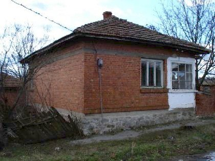 One storey solid built house in Elhovo regionproperty in Bulgaria, property, Bulgaria, properties, bulgarian properties, Bulgarian, bulgarian property, property Bulgaria, bulgarian properties for sale, buy properties in Bulgaria, Cheap Bulgarian property, Buy property in Bulgaria, house for sale,Bulgarian estates,Bulgarian estate,cheap Bulgarian estate,sheap Bulgarian estates,house for sale in Bulgaria,home in Bulgaria,Bulgarian home, bye home in Bulgaria, Cheap home, Cheap home in Bulgaria,Property in bulgaria, House in bulgaria , House for sale near Elhovo, buy rural property, rural house, rural Bulgarian house, bulgarian property, rural property in Yambol, cheap Bulgarian property, cheap house
