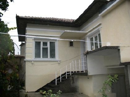 An attractive recently renovated house located in Ruse region,property in Bulgaria, property, Bulgaria, properties, bulgarian properties, Bulgarian, bulgarian property, property Bulgaria, bulgarian properties for sale, buy properties in Bulgaria, Cheap Bulgarian property, Buy property in Bulgaria, house for sale,Bulgarian estates,Bulgarian estate,cheap Bulgarian estate,sheap Bulgarian estates,house for sale in Bulgaria,home in Bulgaria,Bulgarian home, bye home in Bulgaria, Cheap home, Cheap home in Bulgaria,Property in bulgaria, House in bulgaria , House for sale near Rousse, buy rural property, rural house, rural Bulgarian house, bulgarian property, rural property in Ruse, holiday property, holiday house, rural holiday property