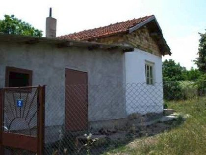 Cheap house for sale in Elhovo region,House for sale near Varna, house near resort, Varna holiday resort, holiday resort, property near resort, buy property in resort, bulgarian property, property near Varna, property Varna, holiday house near sea