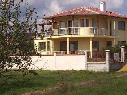 House for sale near Varna, house near resort, Varna holiday resort, holiday resort, property near resort, buy property in resort, bulgarian property, property near Varna, property Varna, holiday house near sea