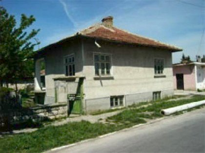 Cozy house in Varna region,House for sale near Varna, house near resort, Varna holiday resort, holiday resort, property near resort, buy property in resort, bulgarian property, property near Varna, property Varna, holiday house near sea