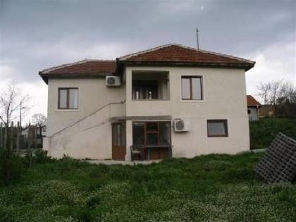 http://excelproperty.biz/bg/properties/1376-мамарчево-напълно-реновирана-едноетажна-къща