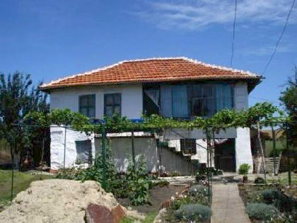 Cheap Bulgarian property for sale near Elhovo