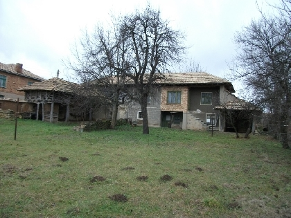 Cheap property for sale near lake ,Targovishte